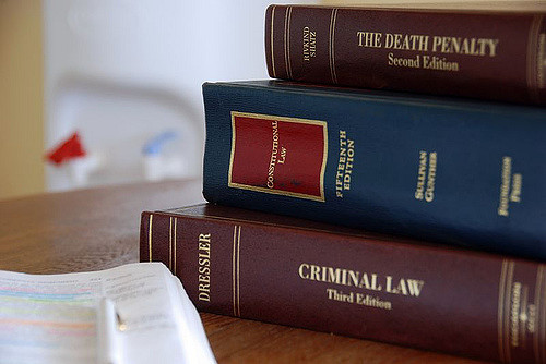Several Factors to Consider While Choosing a Reliable Criminal Defense Attorney